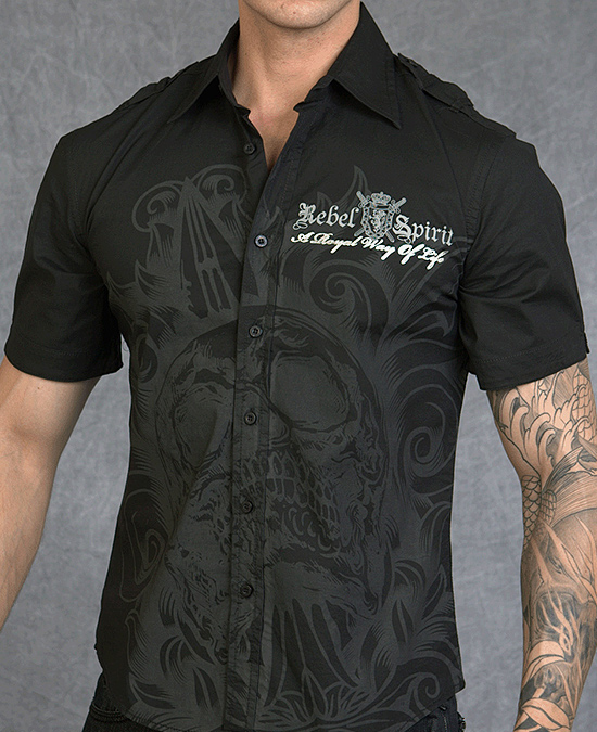 Rebel Spirit Men Short Sleeve Shirt/рубашка мужская