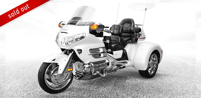 Roadsmith Honda GL1800 Pearl White