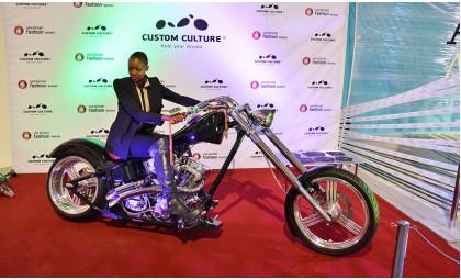 Custom Culture представил эксклюзивный фэшн-мотоцикл на Украинской Неделе Моды.