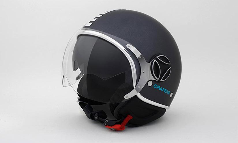 Первый в мире графеновый шлем